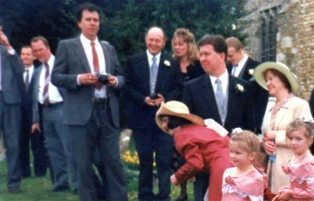 Nell Young's photo collection.Danny and Lorraine's wedding 1996